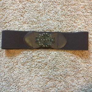 Francesca's NWOT Filagree Buckle Stretch Belt